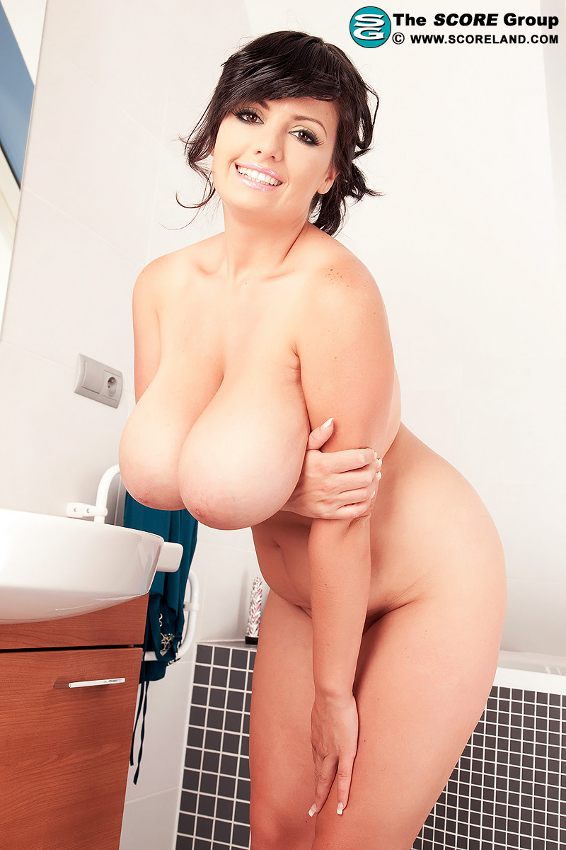 Mary tyler moore naked